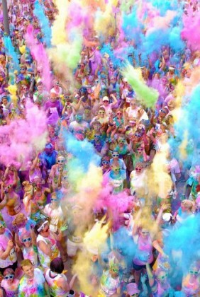 Color Me Rad Omaha Color Throw Cover Photo